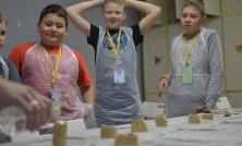 Волонтёры Переменки . Дети